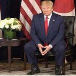 トランプ大統領 シークレットシューズを履いてしまう・・。