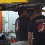 米国のマッチョ整備士がゴリゴリと日本車をチューニング・・。素敵です(苦笑