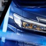 トヨタのベルファイア 「ヘッドライト内部の装飾をゴールド化してしまう」Z-GOLDEN EYES